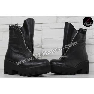 Дамски боти 15-BG2411 01 Black